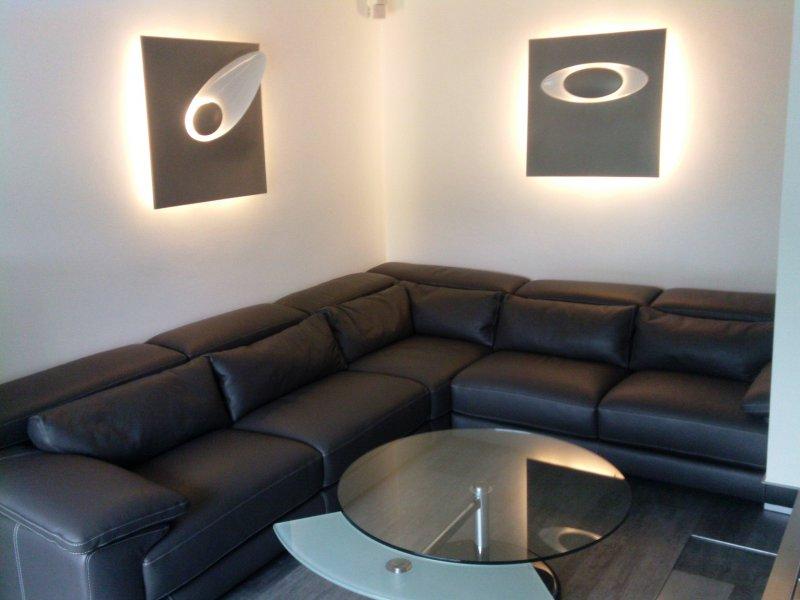 licht in moderner form chemnitz impressionen wand und au enleuchten. Black Bedroom Furniture Sets. Home Design Ideas